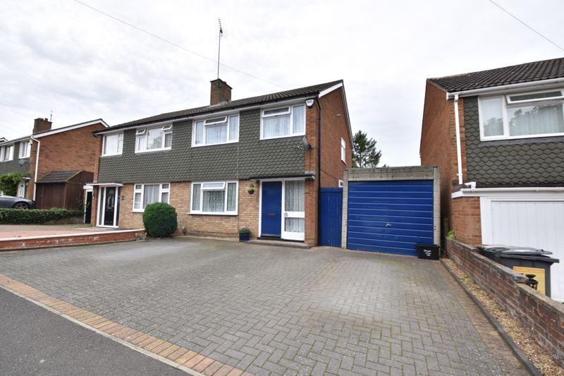 3 bedroom Semi-Detached  to buy in Arbroath Road, Luton