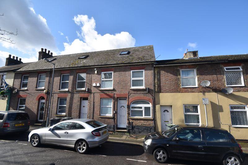 6 bedroom  to buy in Hastings Street, Luton - Photo 31