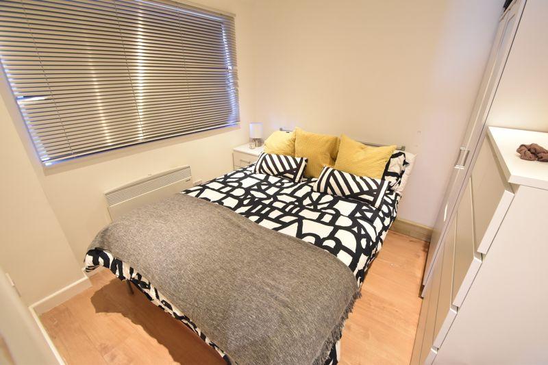 6 bedroom  to buy in Hastings Street, Luton - Photo 20