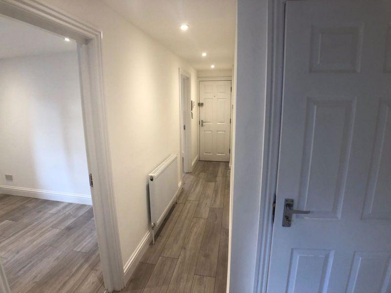 6 bedroom  to buy in Hastings Street, Luton - Photo 8