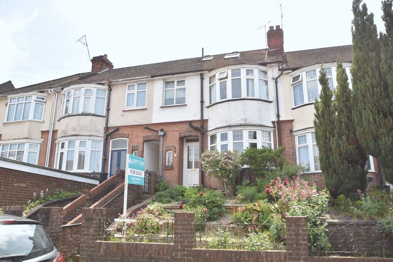 4 bedroom Mid Terrace to buy in Cowper Street, Luton