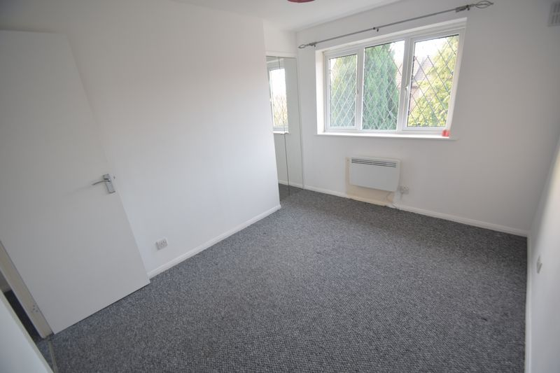 2 bedroom Mid Terrace to rent in Swan Mead, Luton - Photo 13