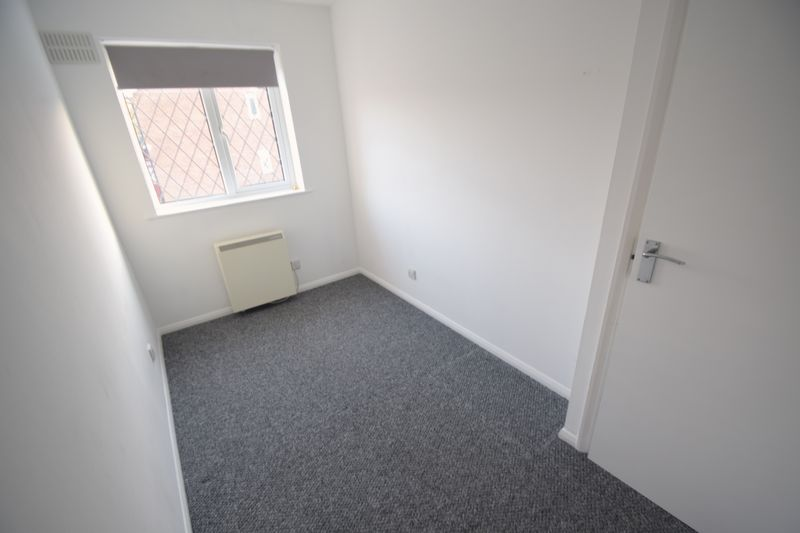 2 bedroom Mid Terrace to rent in Swan Mead, Luton - Photo 14