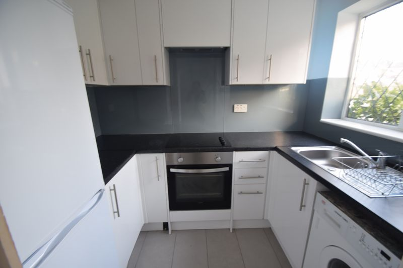 2 bedroom Mid Terrace to rent in Swan Mead, Luton - Photo 18
