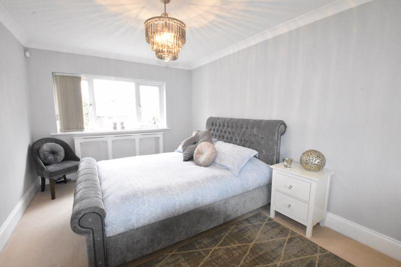 3 bedroom  to rent in Marlborough Road, Luton - Photo 16