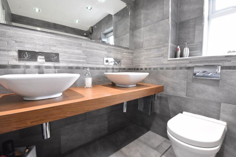3 bedroom  to rent in Marlborough Road, Luton - Photo 33
