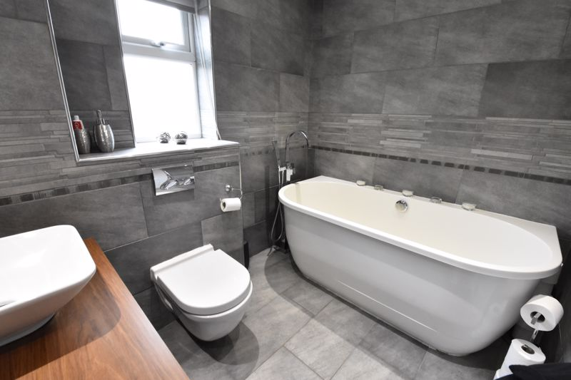 3 bedroom  to rent in Marlborough Road, Luton - Photo 34