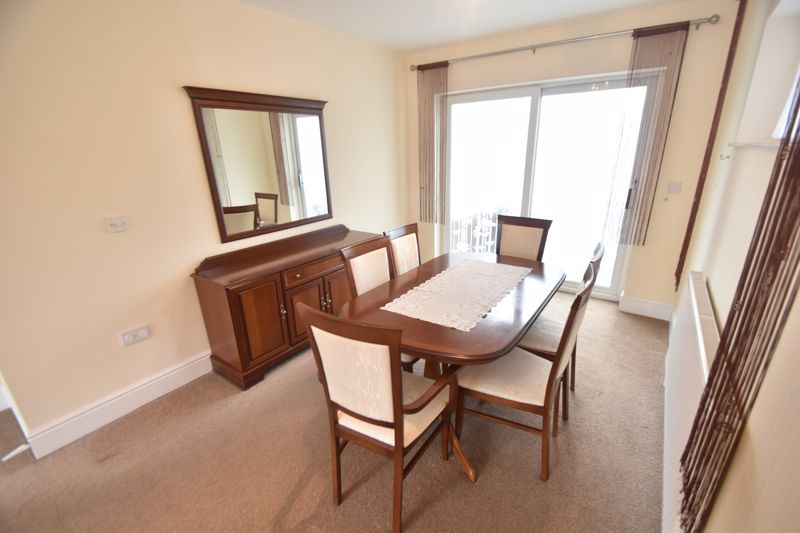 3 bedroom Detached  to rent in Ashcroft Road, Luton - Photo 12