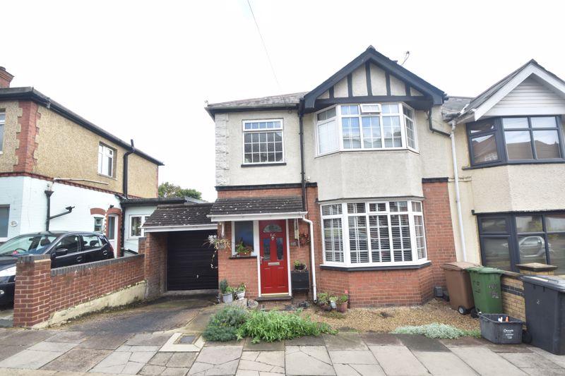 4 bedroom Semi-Detached  to buy in Kingston Road, Luton