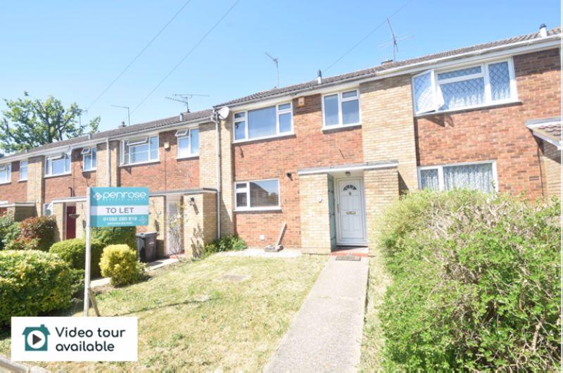 3 bedroom Mid Terrace to rent in Handcross Road, Luton