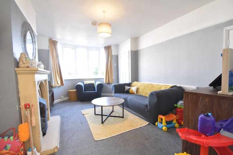 2 bedroom Mid Terrace to buy in Baker Street, Luton - Photo 15