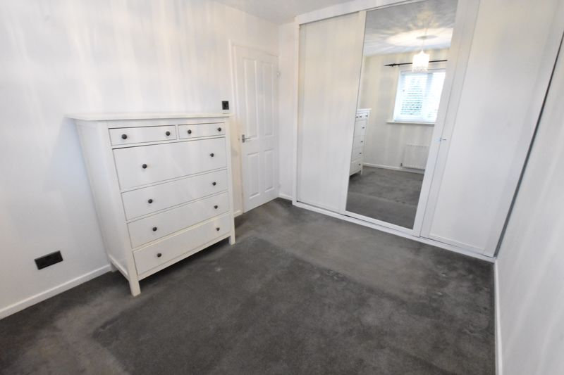 3 bedroom Mid Terrace to rent in Marsom Grove, Luton - Photo 18