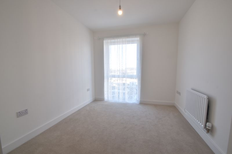 2 bedroom Flat to buy in Stirling Drive, Luton - Photo 24