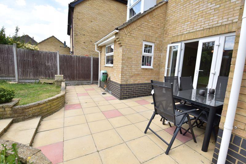 3 bedroom  to buy in Pomeroy Grove, Luton - Photo 23