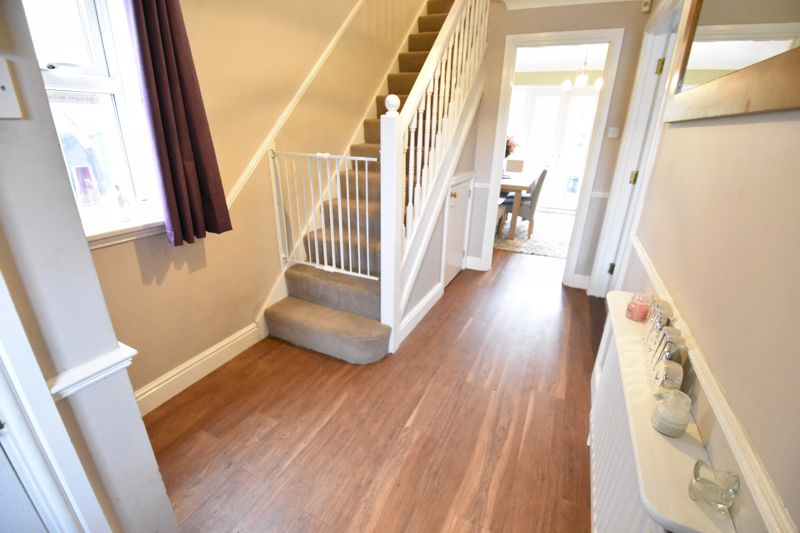 3 bedroom  to buy in Pomeroy Grove, Luton - Photo 28