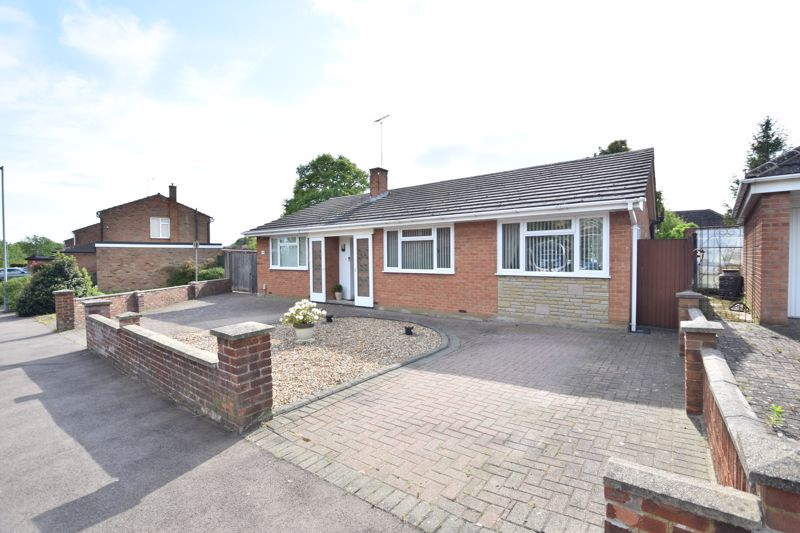 3 bedroom  to buy in Stopsley Way, Luton