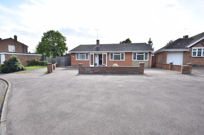 3 bedroom  to buy in Stopsley Way, Luton
