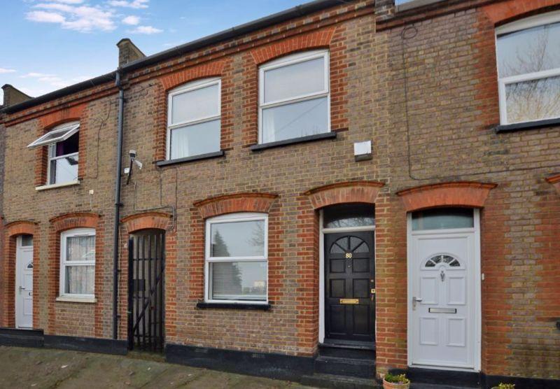 2 bedroom Mid Terrace to buy in Baker Street, Luton