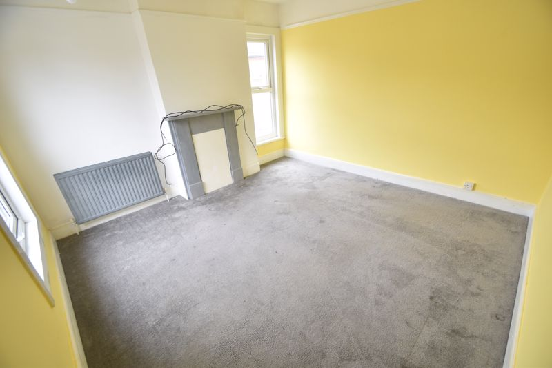 2 bedroom Flat to rent in Edward Street, Luton - Photo 6