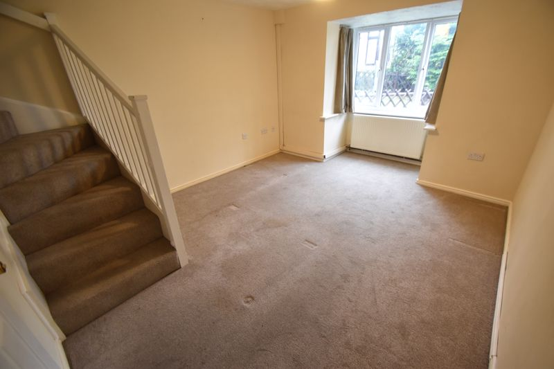 2 bedroom Mid Terrace to rent in Perrymead, Luton - Photo 7