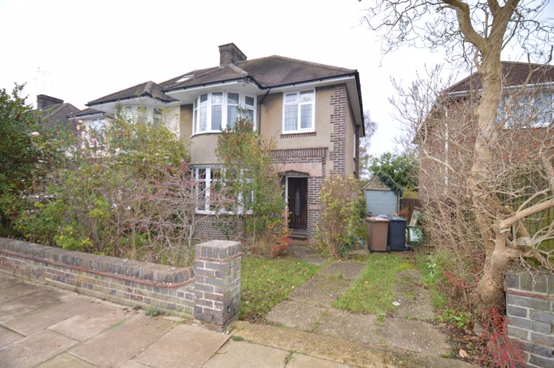 3 bedroom Semi-Detached  to buy in Westlecote Gardens, Luton