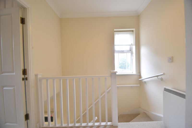 1 bedroom Flat to buy in Strathmore Avenue, Luton - Photo 8