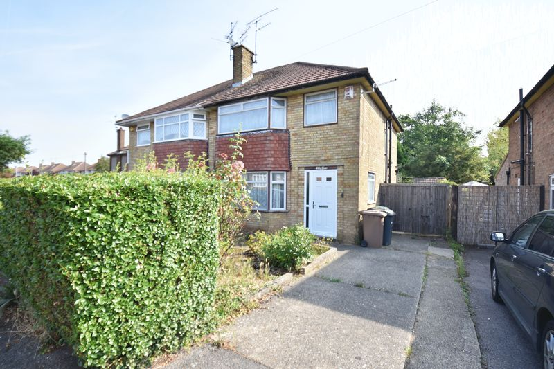 3 bedroom Semi-Detached  to buy in Crowland Road, Luton