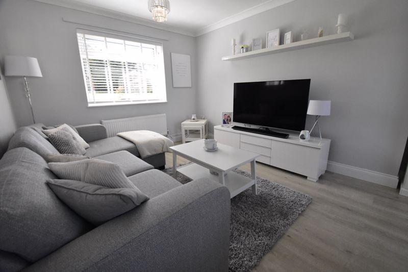 2 bedroom End Terrace to buy in Dewsbury Road, Luton - Photo 15