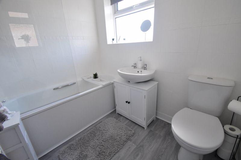 2 bedroom End Terrace to buy in Dewsbury Road, Luton - Photo 17