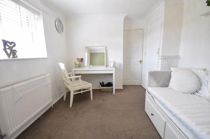 2 bedroom End Terrace to buy in Dewsbury Road, Luton - Photo 24