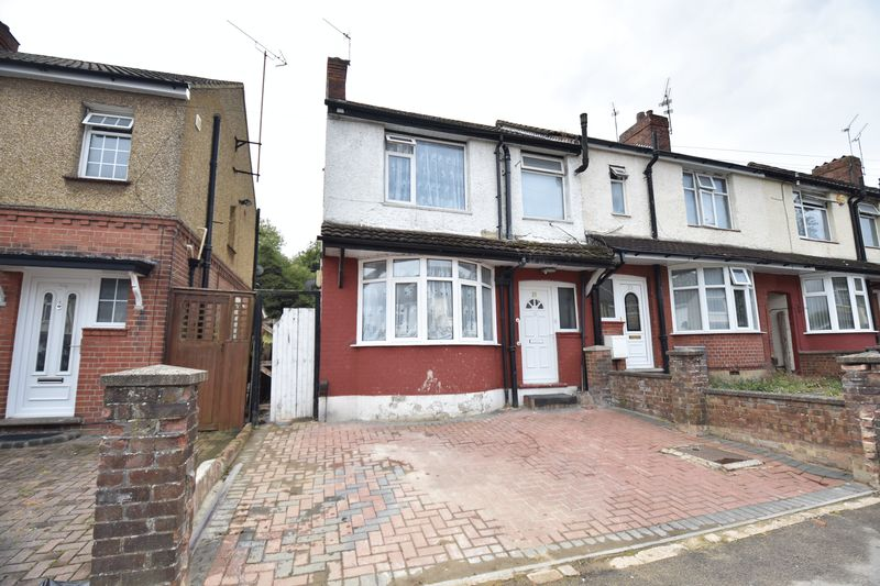 3 bedroom  to buy in Runley Road, Luton
