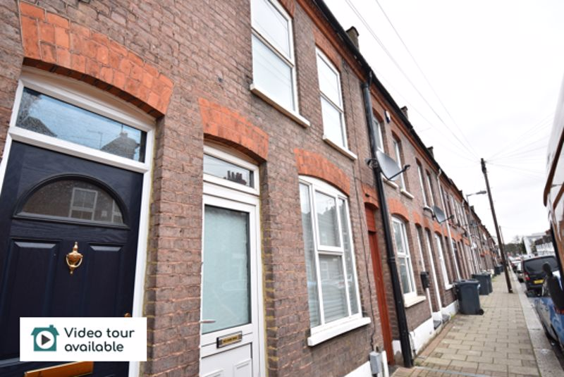 3 bedroom Mid Terrace to rent in Frederick Street, Luton - Photo 13