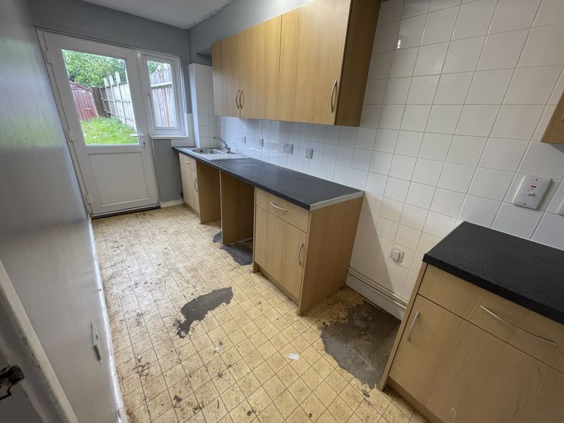 1 bedroom Maisonette to buy in Gilderdale, Luton - Photo 5