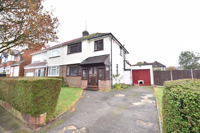 3 bedroom Semi-Detached  to rent in Manton Drive, Luton - Photo 12