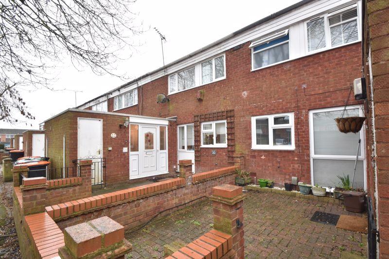 3 bedroom Mid Terrace to buy in Elm Park Close, Dunstable