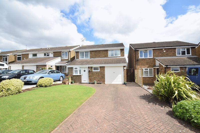 4 bedroom  to buy in Buckingham Drive, Luton