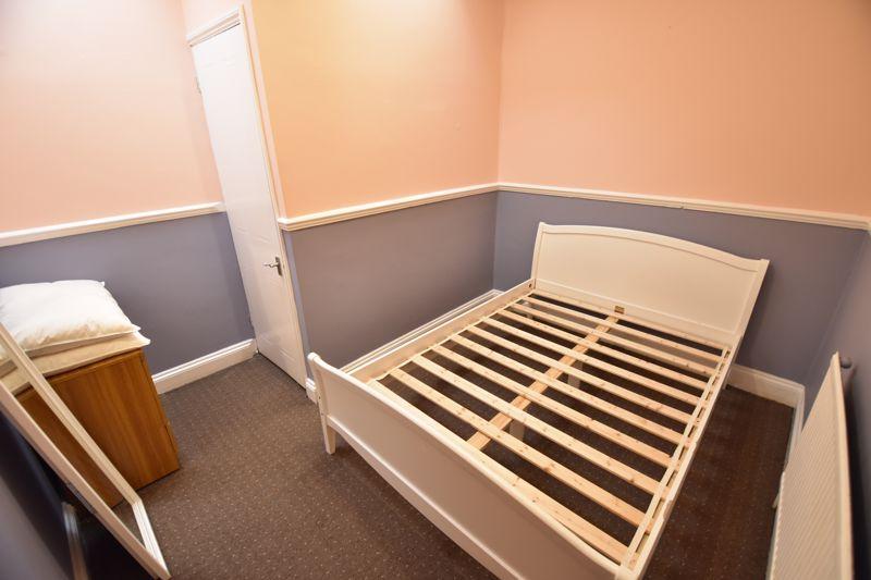 1 bedroom Flat to buy in London Road, Luton - Photo 4