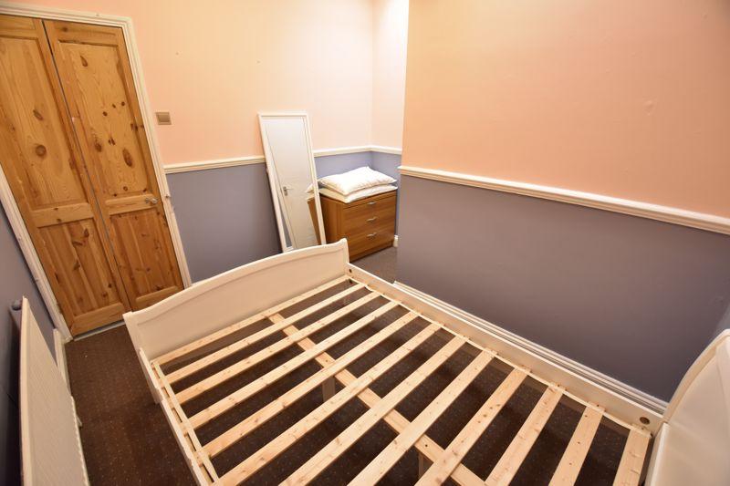 1 bedroom Flat to buy in London Road, Luton - Photo 5