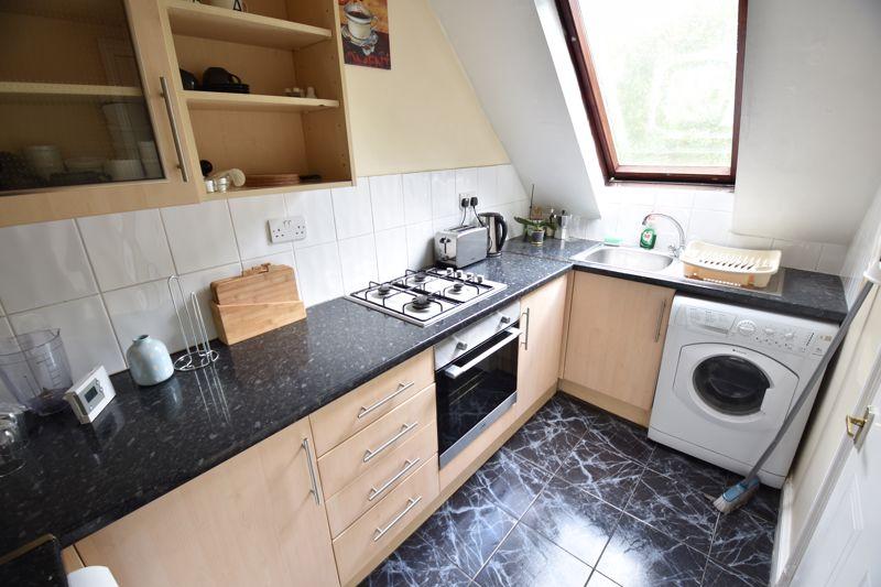 1 bedroom Flat to buy in London Road, Luton - Photo 6