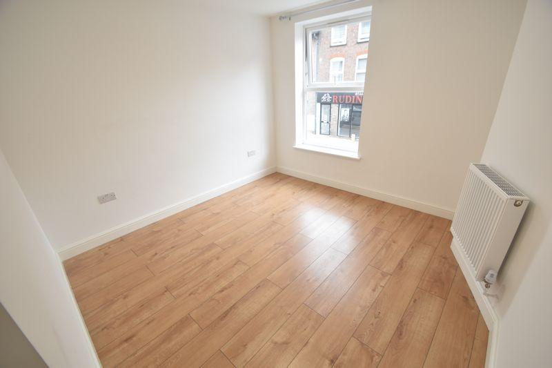 1 bedroom Flat to rent in Alma Street, Luton - Photo 1