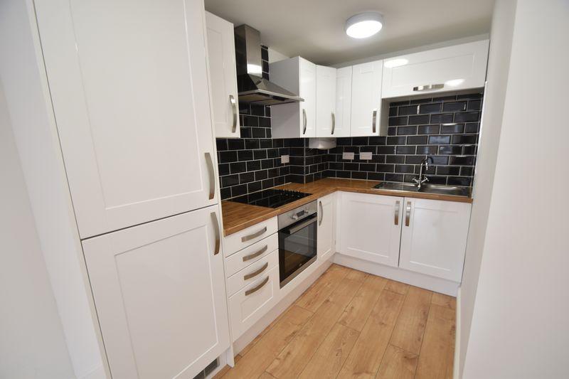 1 bedroom Flat to rent in Alma Street, Luton - Photo 5