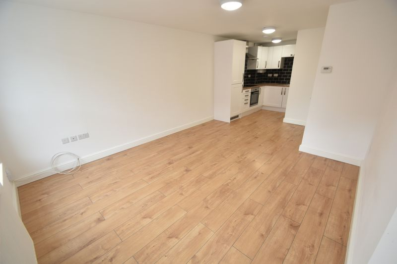 1 bedroom Flat to rent in Alma Street, Luton - Photo 7