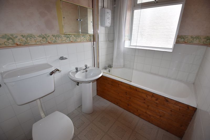 2 bedroom Flat to rent in High Street South, Dunstable - Photo 7
