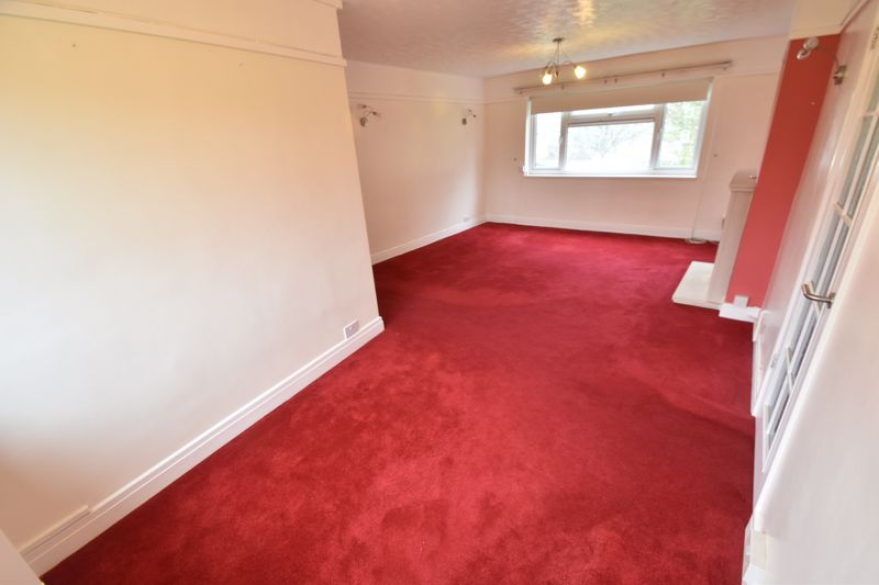 3 bedroom Flat to rent in Whipperley Way, Luton - Photo 17