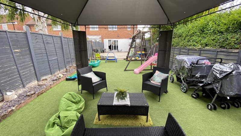 3 bedroom End Terrace to buy in Birdsfoot Lane, Luton - Photo 16