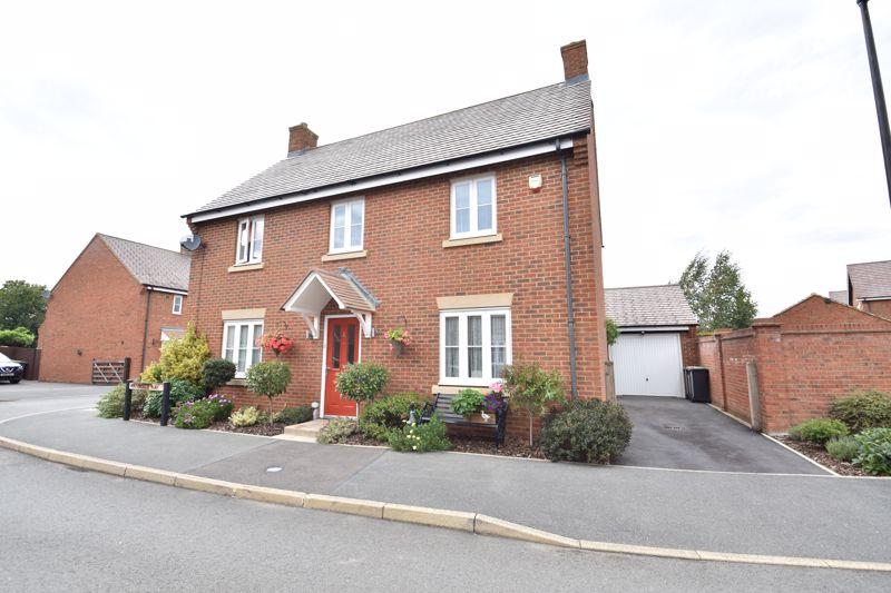 4 bedroom  to buy in Waterside Way, Bedford
