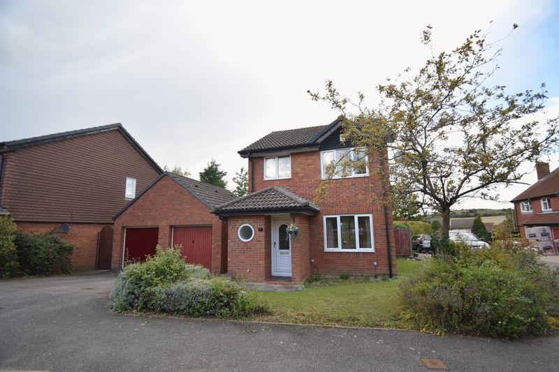 3 bedroom Detached  to buy in Heron Drive, Luton