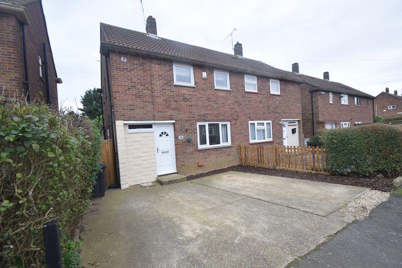 3 bedroom Semi-Detached  to buy in Runfold Avenue, Luton