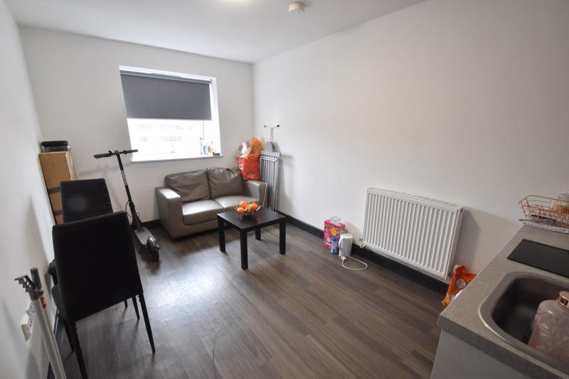 1 bedroom Flat to buy in Chapel Street, Luton - Photo 1