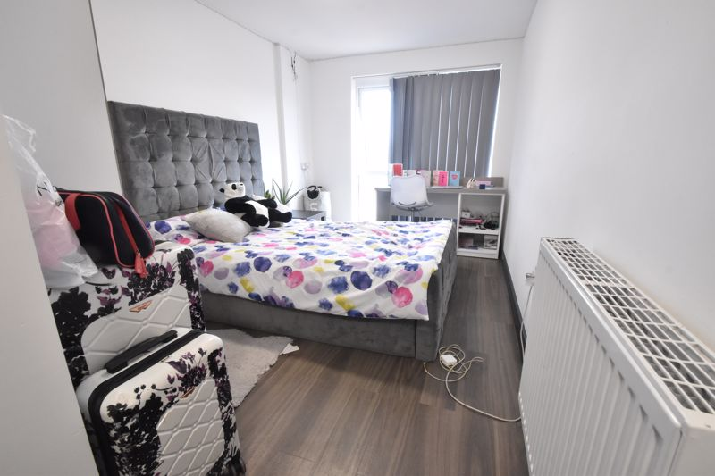 1 bedroom Flat to buy in Chapel Street, Luton - Photo 5